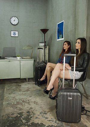 Ladyboy in Office Pictures